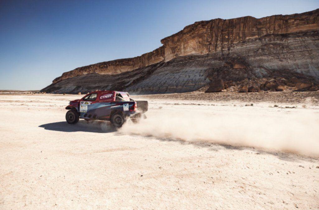 Lucio Álvarez brilla en Kazajistán en camino al Dakar 2022