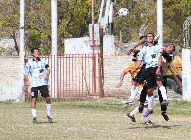 Deportivo Argentino hizo el gasto pero no pudo derrotar a Pilares