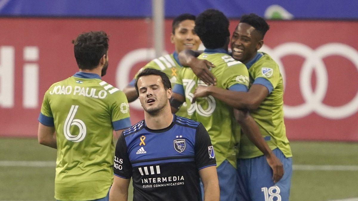 Matías Almeyda y un duro momento tras perder 7-1