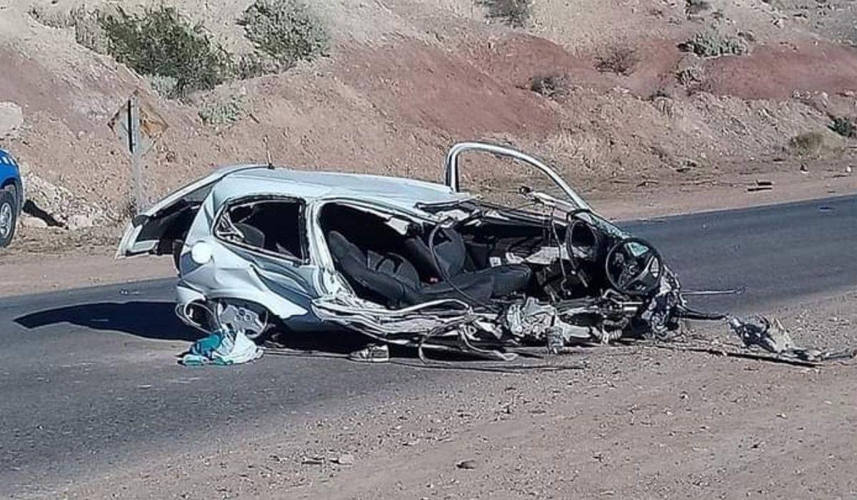 Imágenes del accidente fatal ocurrido en Neuquén este domingo por la mañana