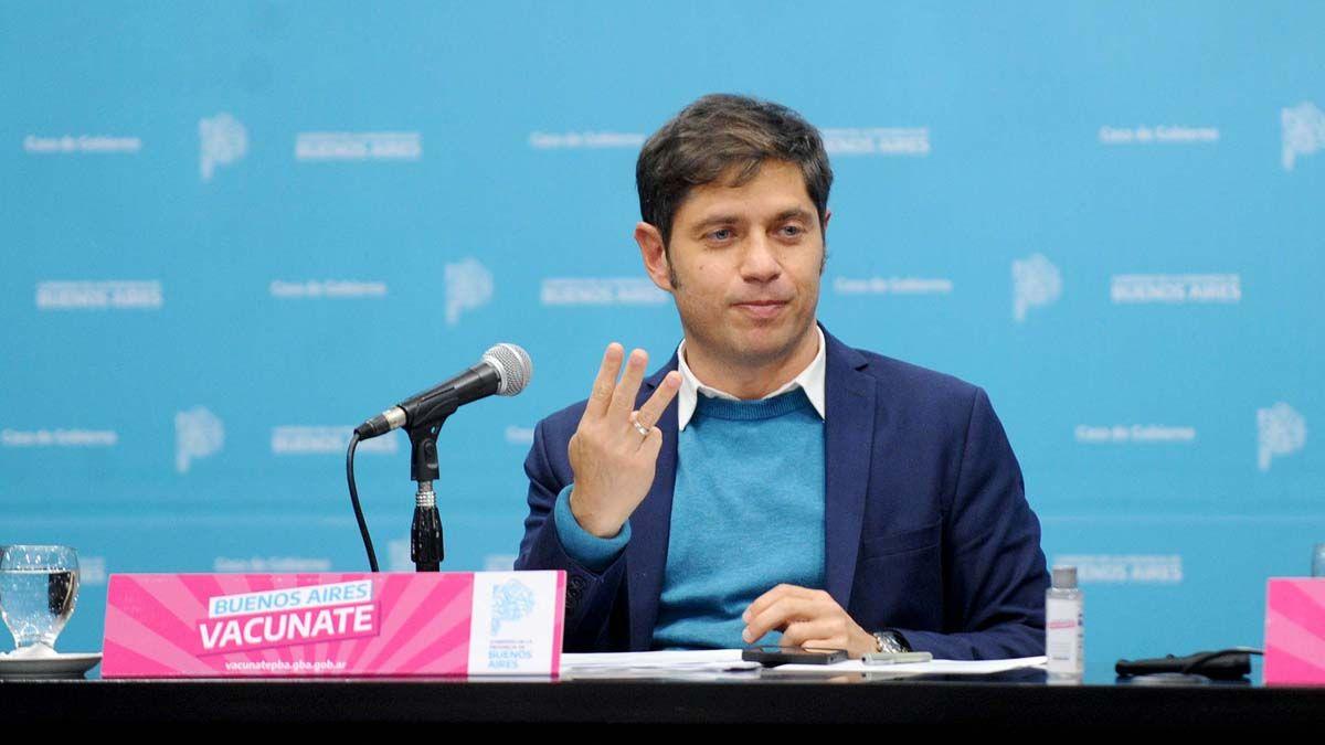 "Kicillof precisó que en la provincia de Buenos Aires se pasó de 12 mil casos a 8.700 promedio la última semana""."
