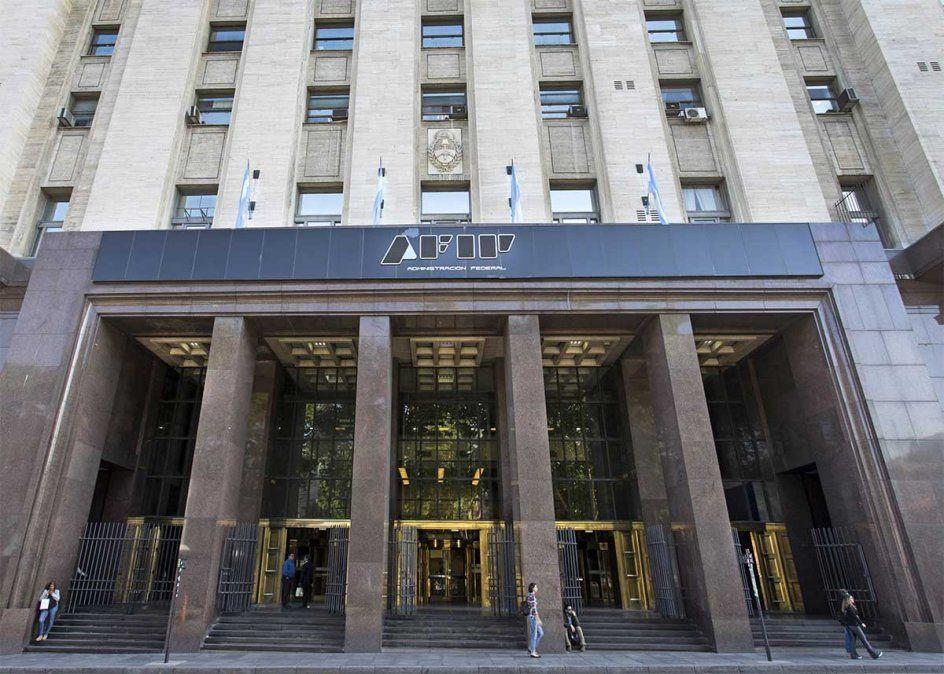 Monotributo: la AFIP reglamentó este miércoles varios puntos del llamado Régimen de Sostenimiento e Inclusión Fiscal para monotributistas. Foto: NA.