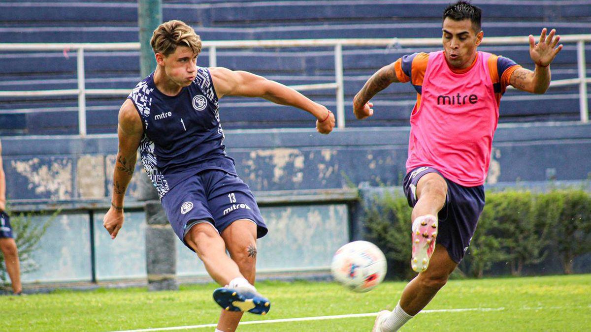El defensor Renzo Malanca sintió mucha felicidad por jugar de titular.