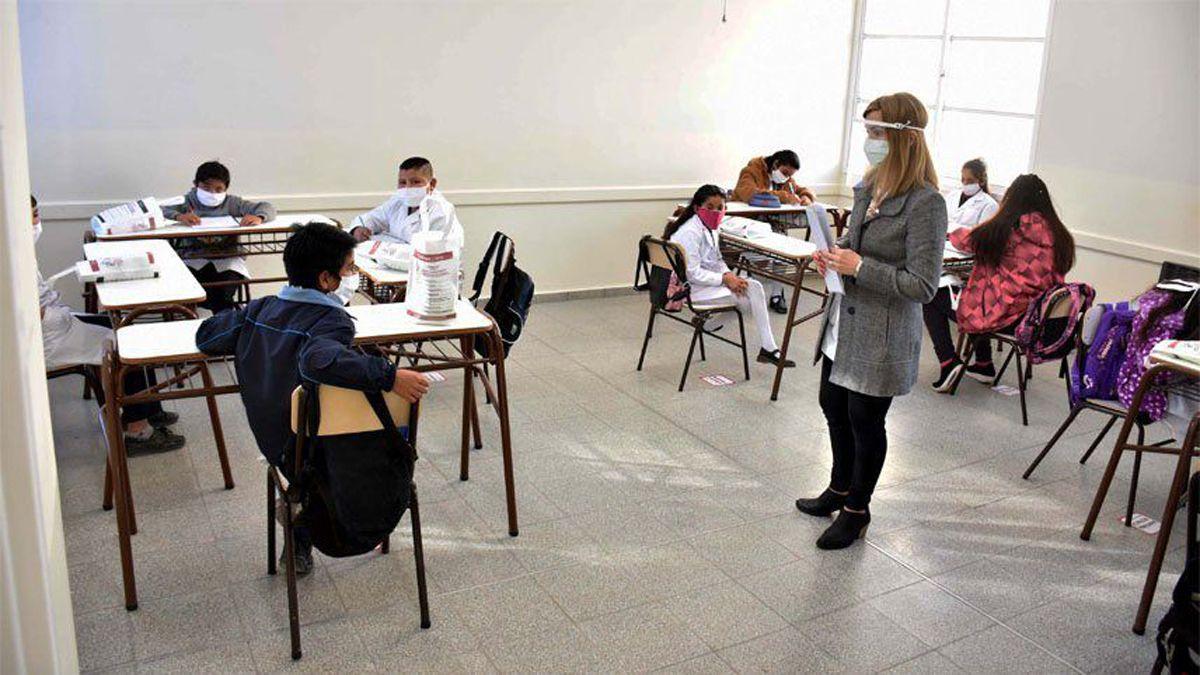 Clases presenciales en las escuelas sí o no. Es el gran debate en la Argentina.