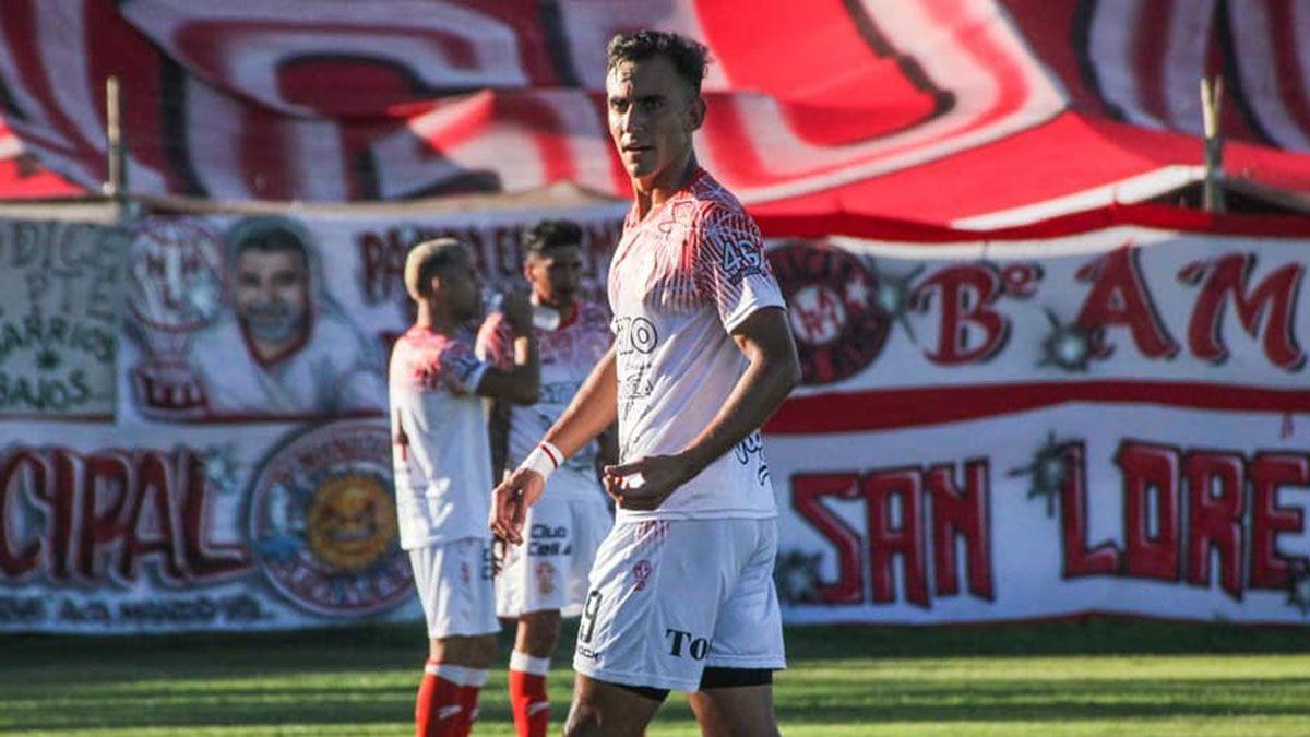 Bruno Nasta habló se sorprendió con la decisión de parar el fútbol.