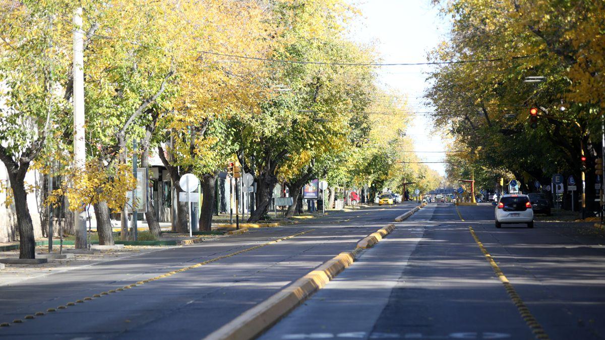 Este domingo termina el confinamiento en todo el país. Si bajarán los casos de Covid en Mendoza se sabrá en los próximos días.