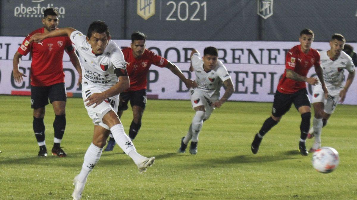 Colón le ganó a Independiente y es finalista