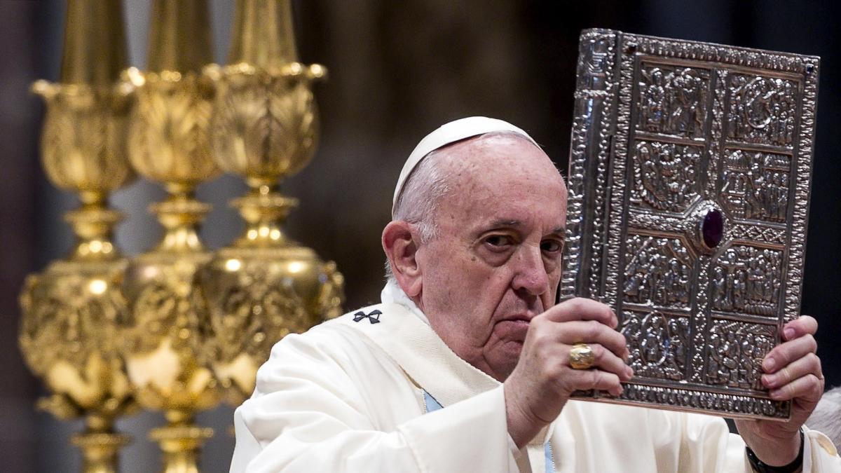 El papa Francisco defendió la vacunación como una forma de prevenir y combatir las enfermedades: Cuando éramos chicos nos daban las vacunas con azúcar
