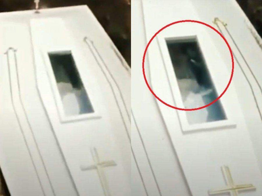 Último saludo. Un video captó el momento justo en que un muerto parece saludar.