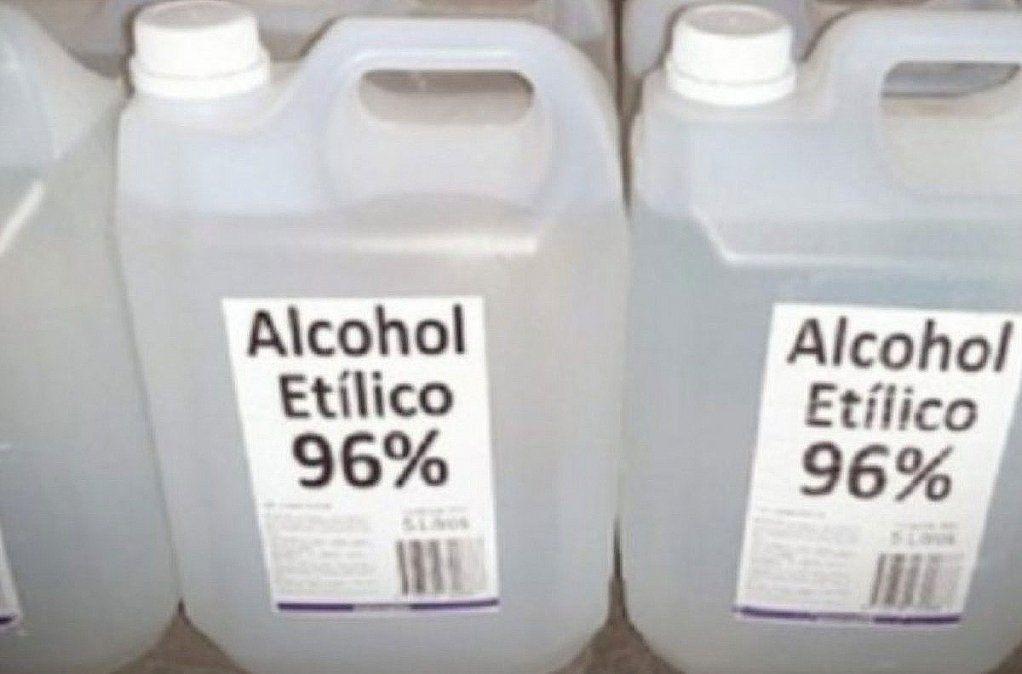 ANMAT prohibió dos marcas de alcohol etílico