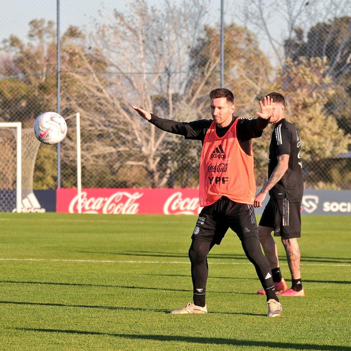 Lionel Messi debutará este lunes en la Copa América 2021.