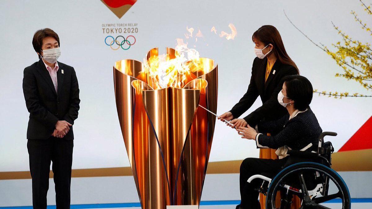 Tokio 2020: la llama olímpica empezó su recorrido