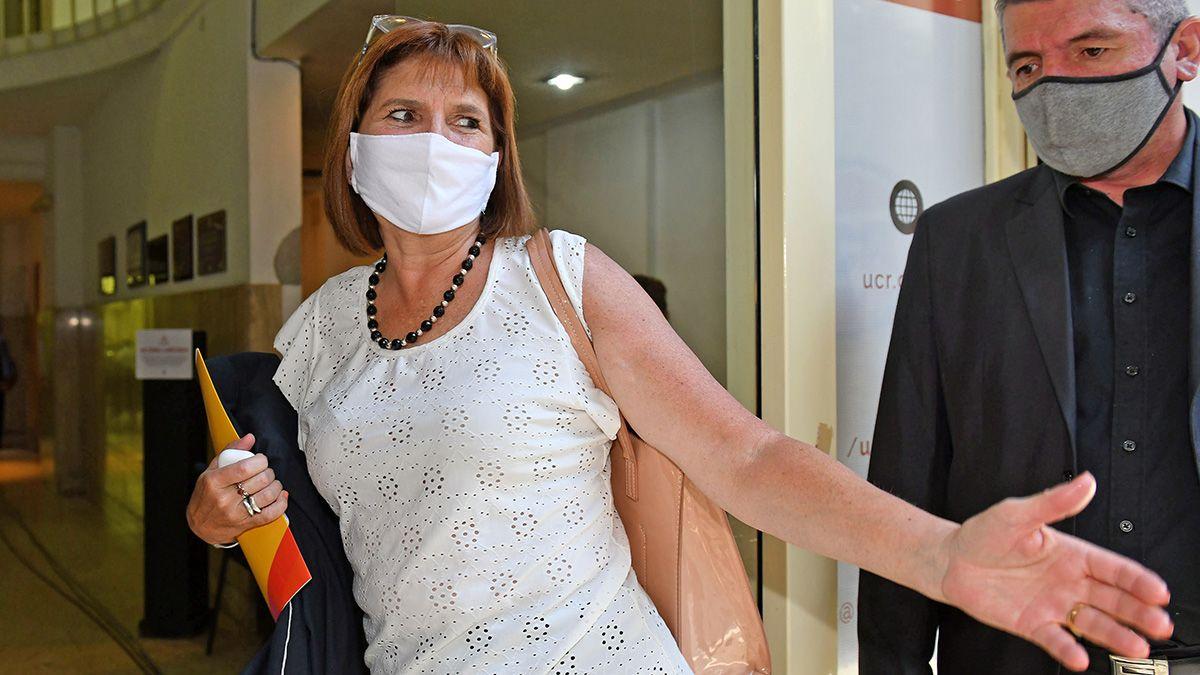 En tribunales federales denunciaron a Patricia Bullrich por sus declaraciones sobre Pfizer y las Malvinas. La causa cayó en el juzgado de Julián Ercolini.