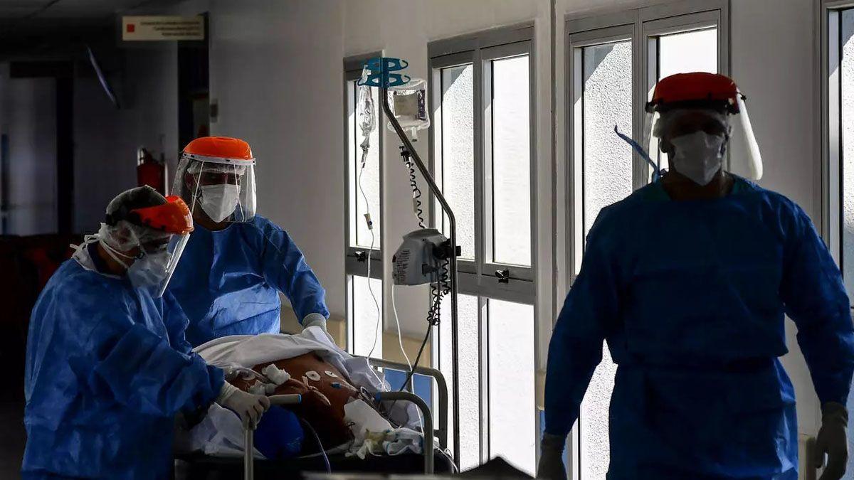 Otra jornada con gran cantidad de casos y muertes por Covid en Argentina.