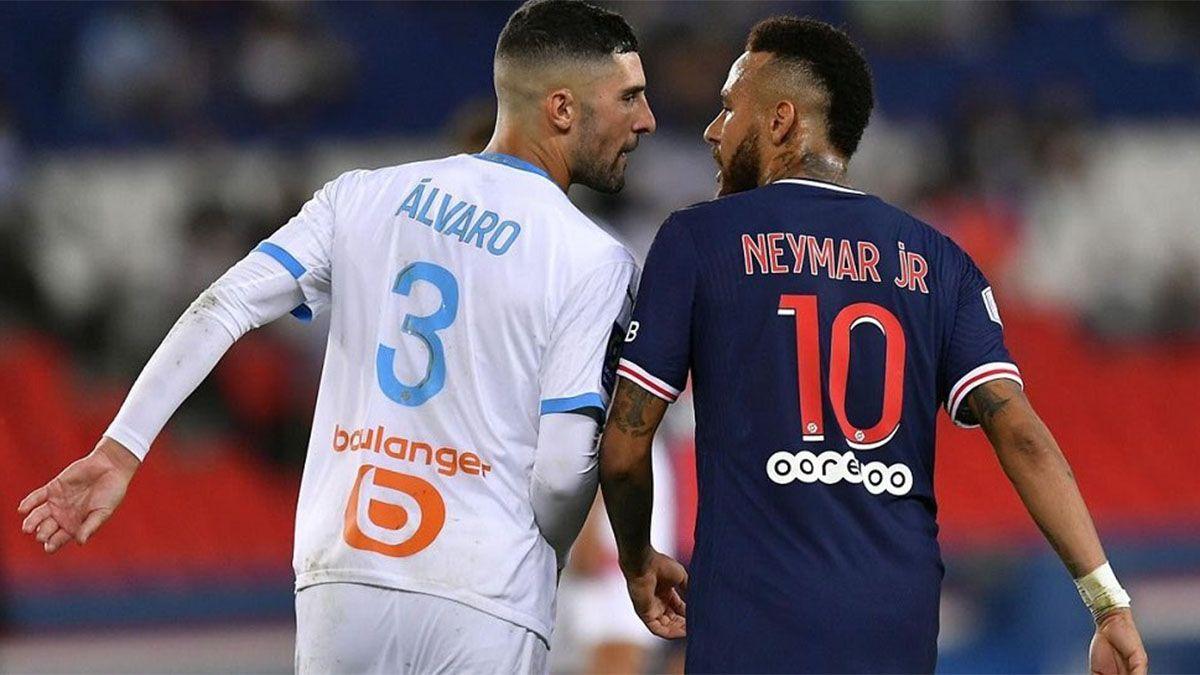 Álvaro González recibió amenazas tras pelearse con Neymar