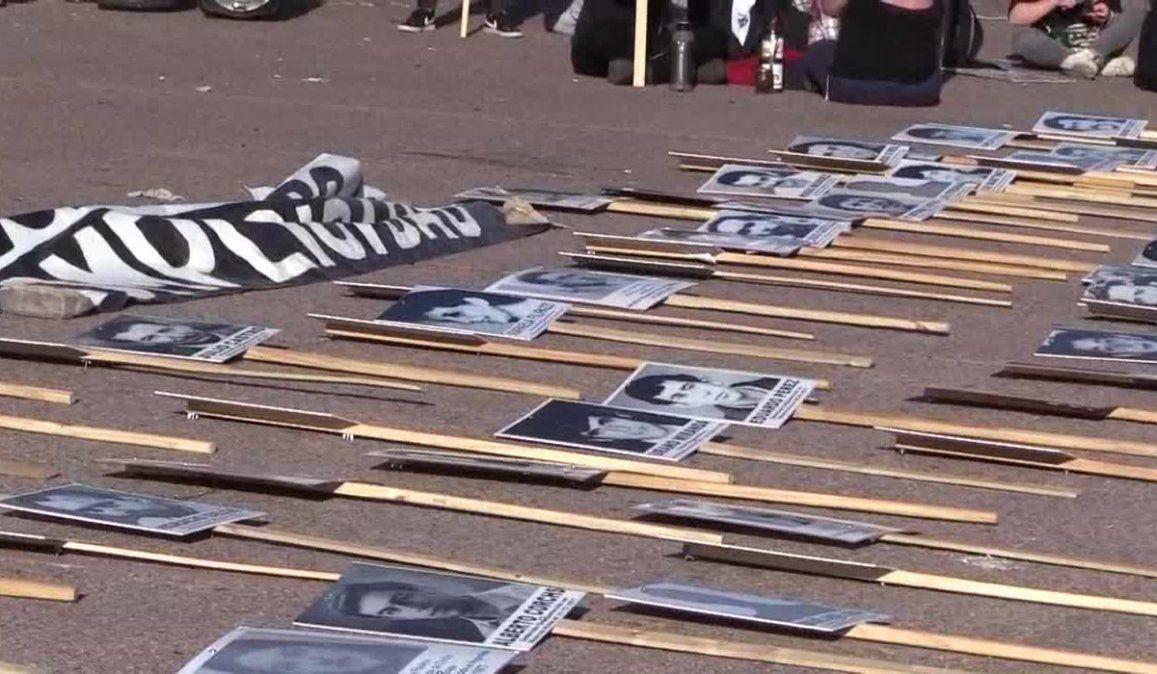 Familiares de detenidos desaparecidos pidieron que se den a conocer el contenido de los archivos encontrados en una unidad militar de Uruguay