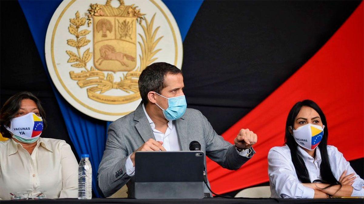 Guaidó criticó a la Argentina: Pone en peligro a la región
