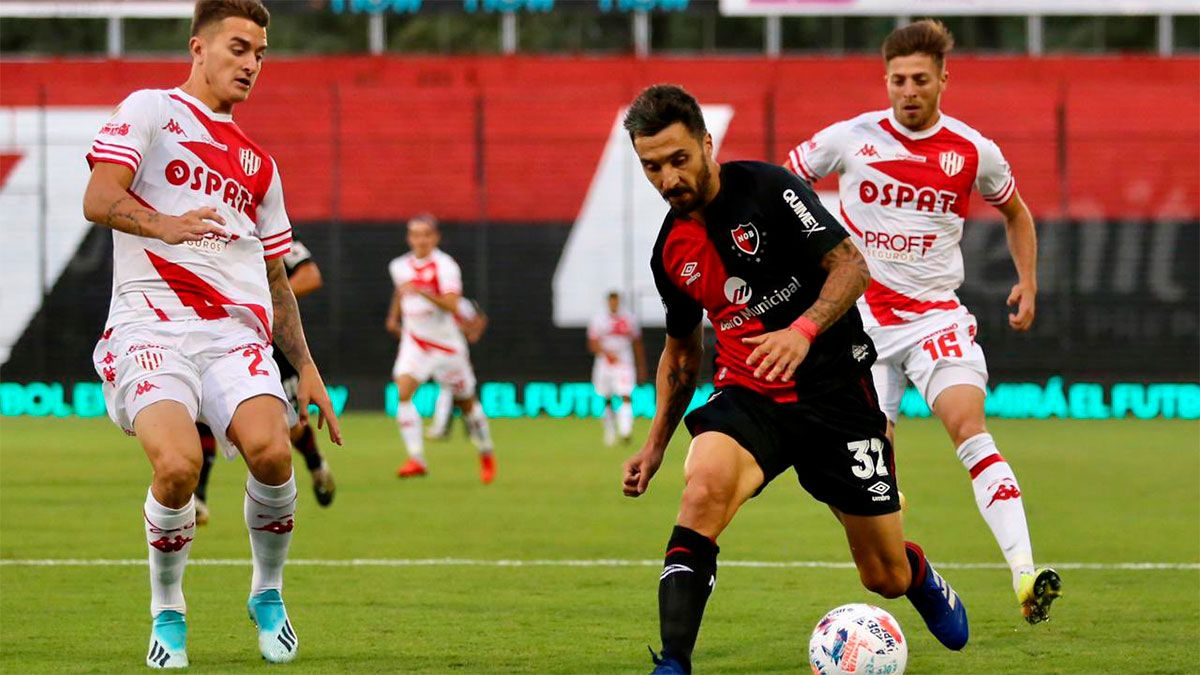 Aburrido empate en el debut del Mono Burgos en Argentina