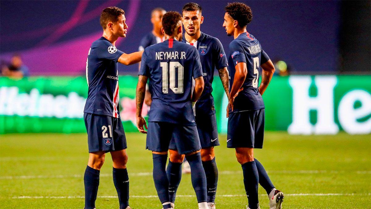 PSG anunció tres casos positivos: Neymar