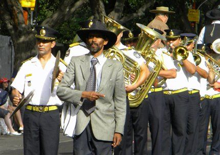 El loco Juan, un clásico de la Vendimia, pasó por el Carrusel