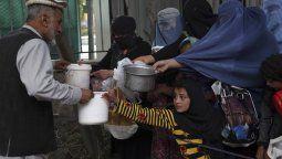 600.000 niños corren peligro de morir de hambre en Afganistán