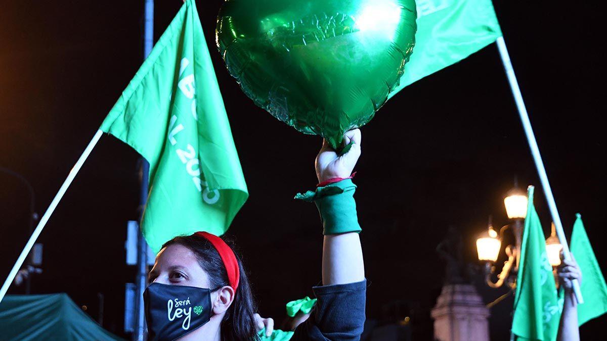 Nancy González expresó su expectativa de que sea aprobado el proyecto de aborto legal en el Senado y manifestó que la definición será a último momento.