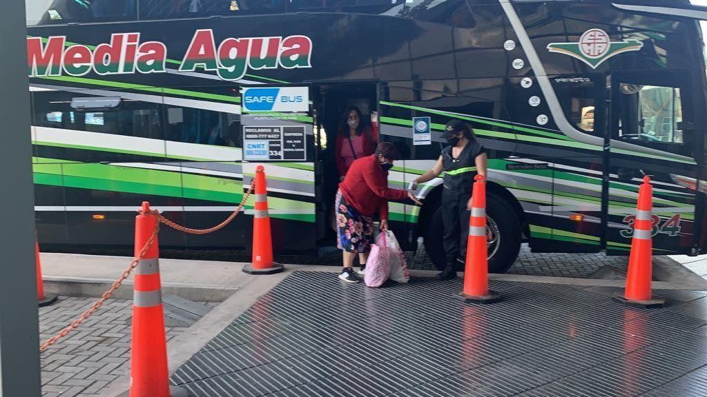 Arrancaron los viajes en micros de larga distancia: cuáles llegan a Mendoza