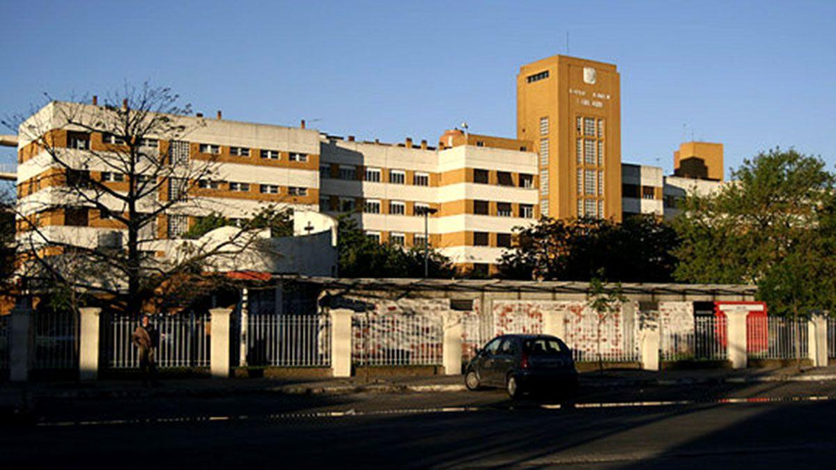 Hospital Santojanni. Aquí trabajaba la enfermera que murió de Covid a pesar de tener las dos dosis de Sputnik V.