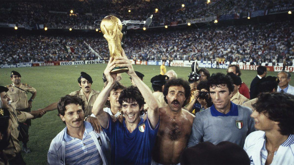 Otro golpe para el fútbol: murió Paolo Rossi