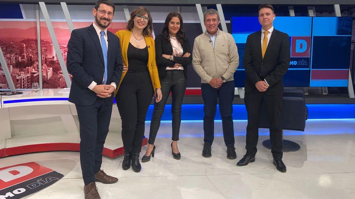 El equipo y el invitado: Pablo Gerardi, Agustina Fiadino, Rosana Villegas, Adolfo Bermejo y Julián Imazio.