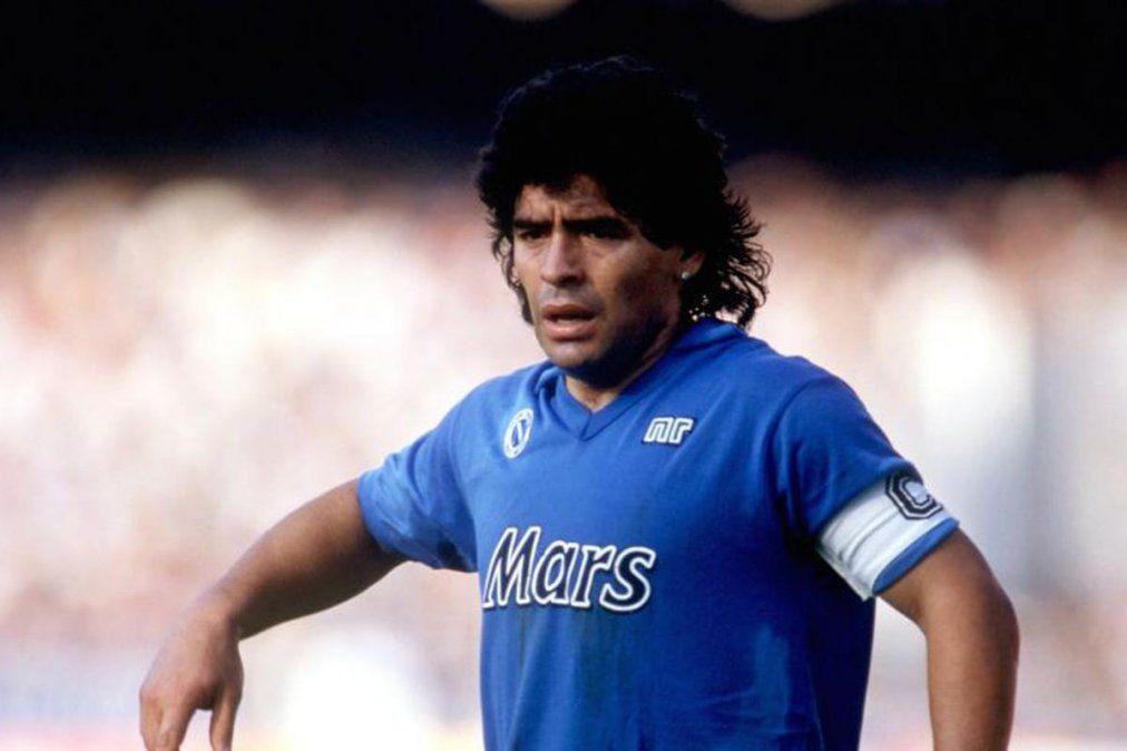 El homenaje de la literatura a Maradona
