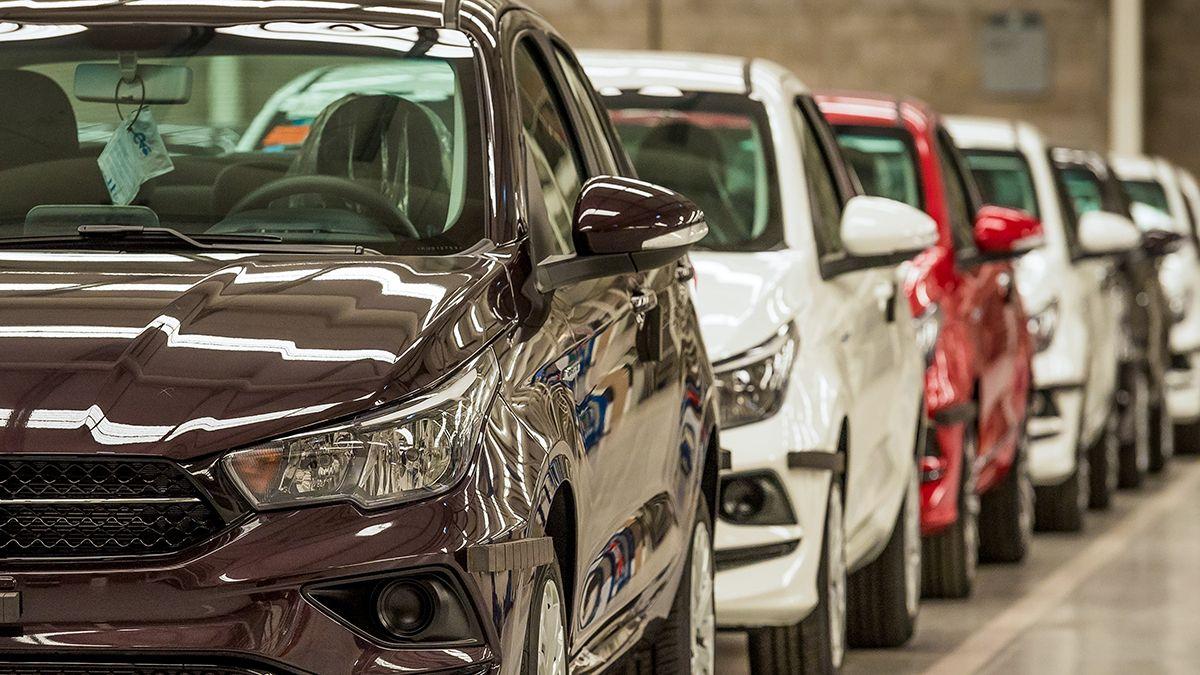 Los vehículos 0km más patentados en Argentina esta encabezada por el Fiat Cronos y en segundo lugar se encuentra la camioneta Toyota Hilux.