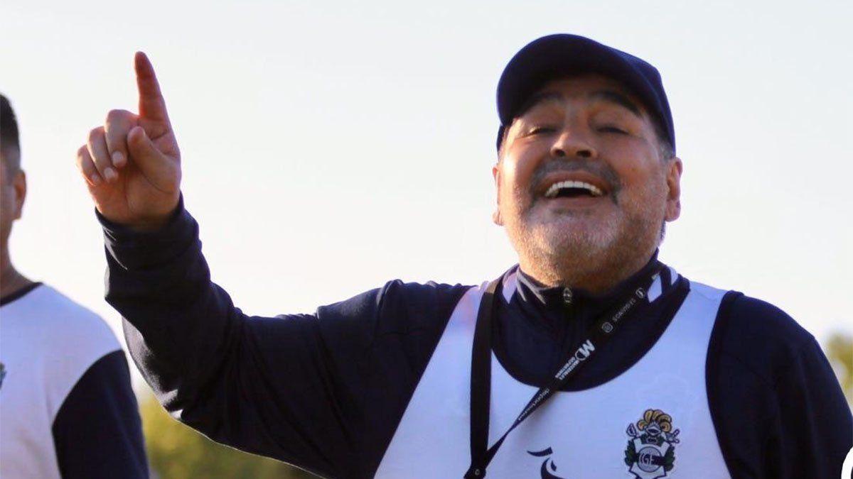 El colombiano que recordó muy conmovido a Maradona