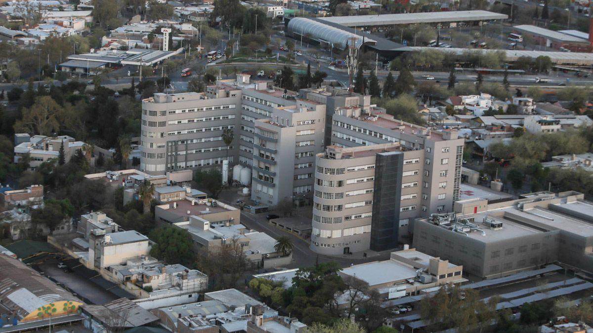 Sumarán camas de terapia intensiva en el Hospital Central.