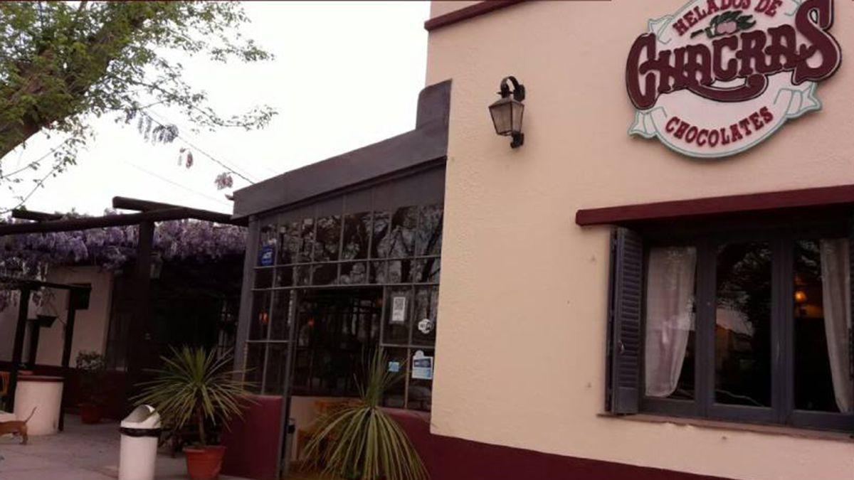 La heladería de Chacras abrió este miércoles sus puertas luego de ser blanco de los delincuentes.