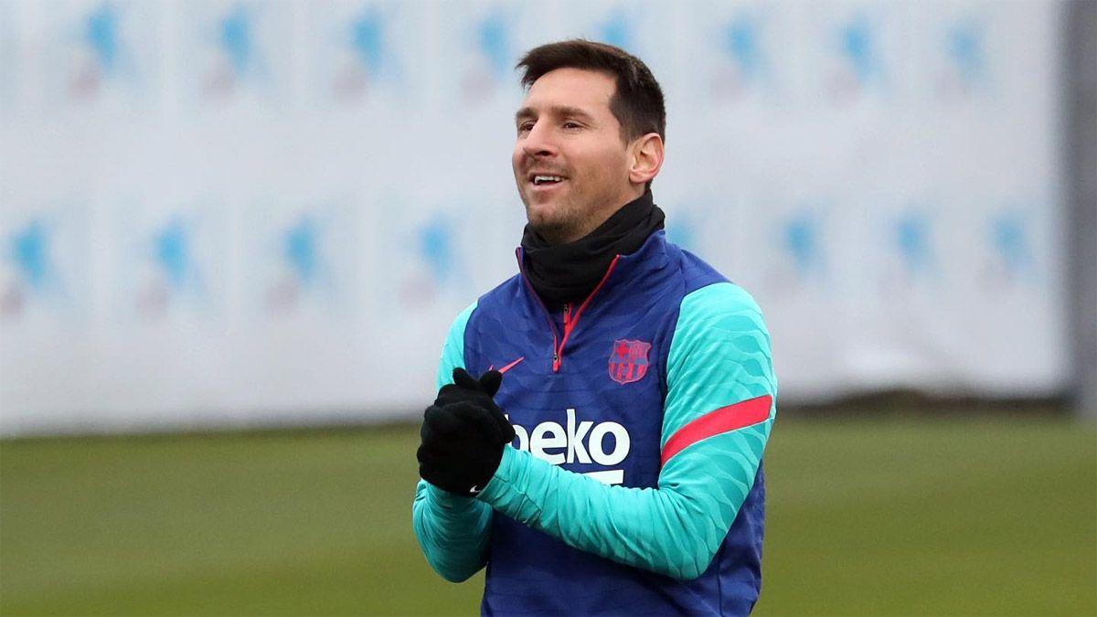 Messi volvió a integrar el equipo ideal de la UEFA