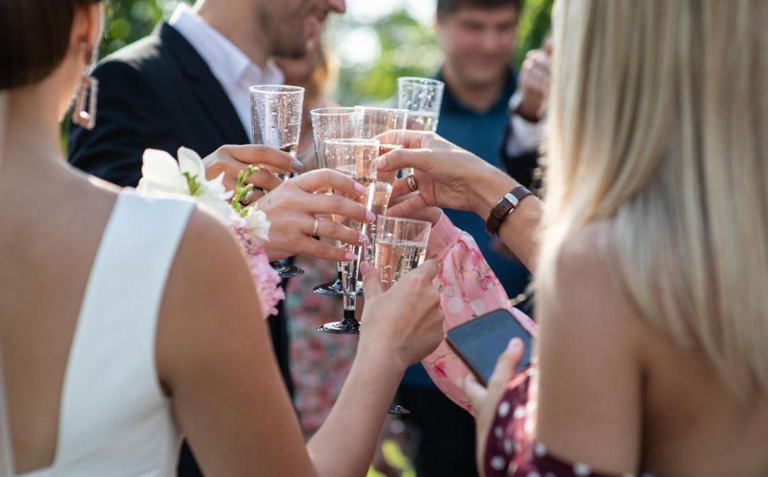 Un casamiento generó un brote de coronavirus.