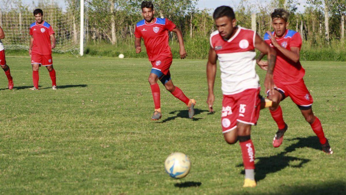 Huracán Las Heras le ganó a Peñarol de San Juan