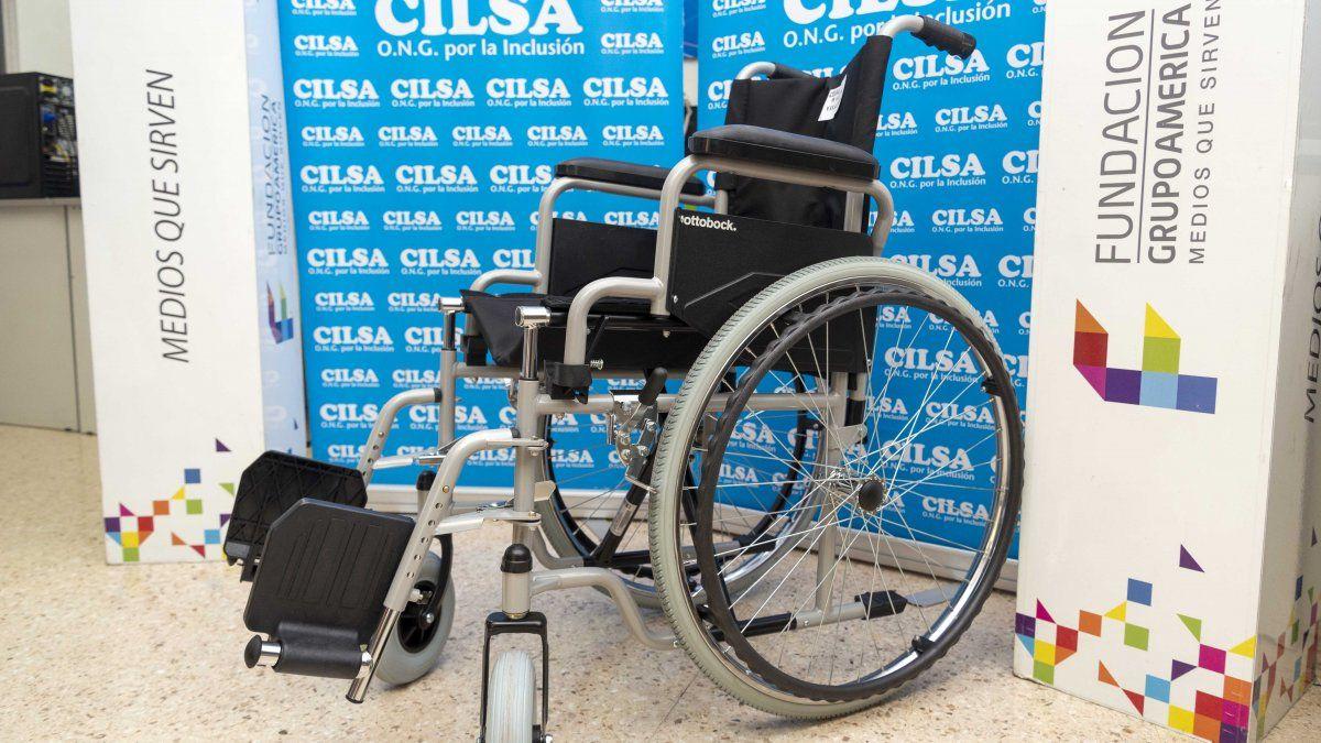 Vendimia Solidaria entregó tres sillas de ruedas
