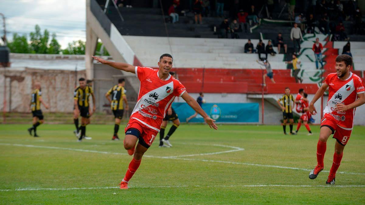 Deportivo Maipú y un histórico ascenso a la Primera Nacional