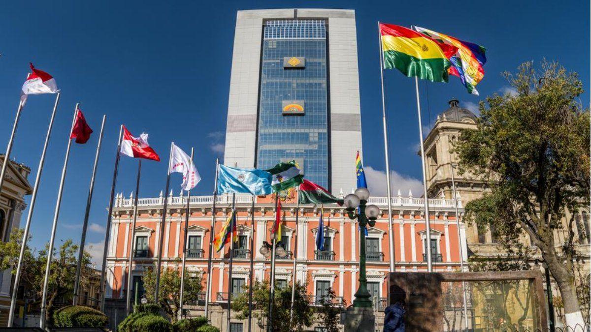 El gobierno de Bolivia vuelve a tomar distancia del FMI.