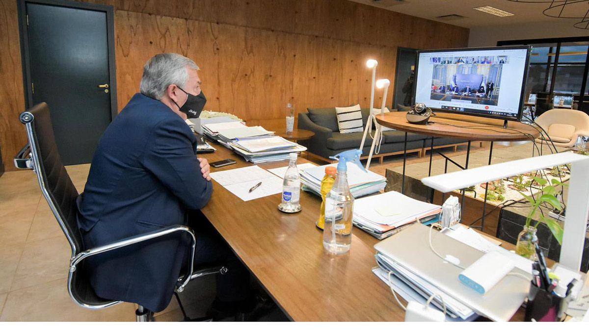 gerardo Morales en la reunión por videoconferencia con el Presidente.