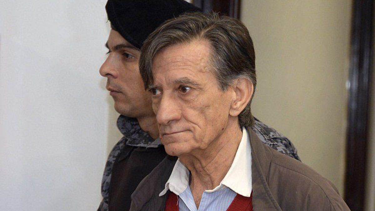 El profesor Mauro Aguirre