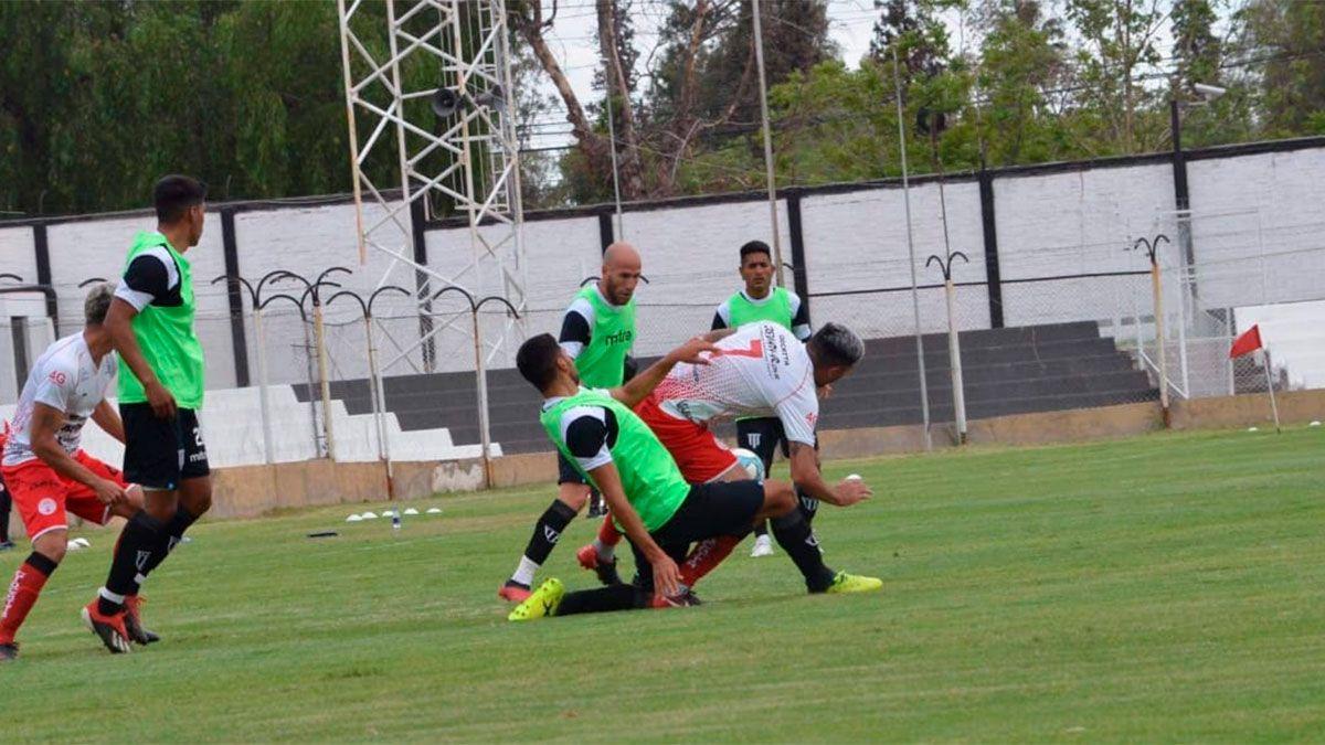 Gimnasia le ganó 3 a 1 a Huracán Las Heras en el Legrotaglie