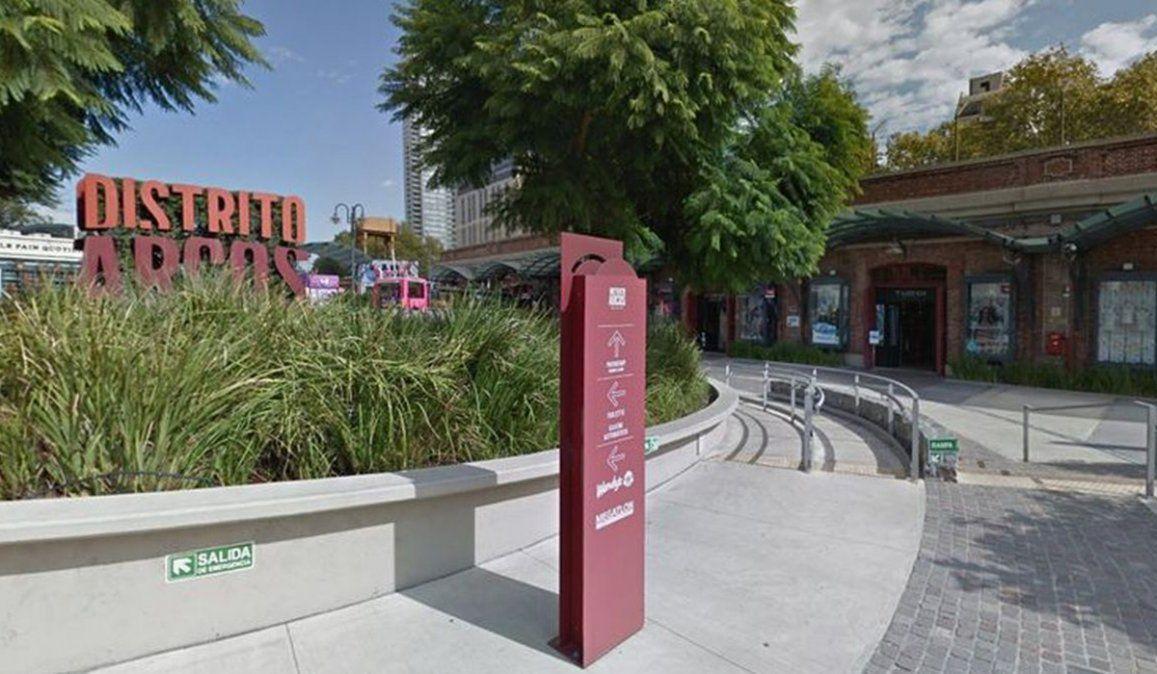 El oficial de la Policía de la Ciudad acusado de violar a una adolescente en un shopping de Palermo fue detenido por los superiores de la Comisaría a la que pertenece