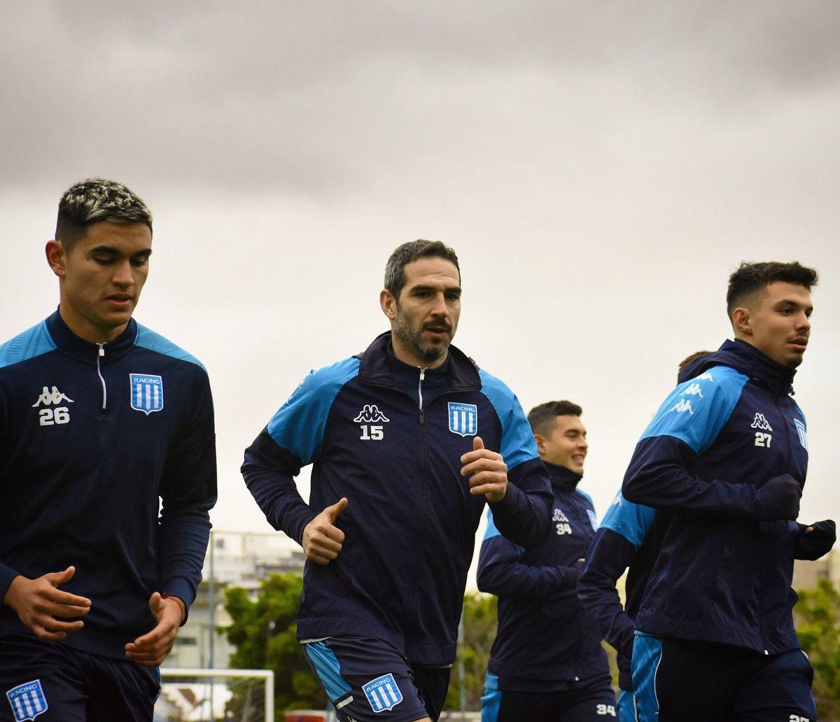 Lisandro López ya se entrena con Racing para iniciar su tercer ciclo en el club.