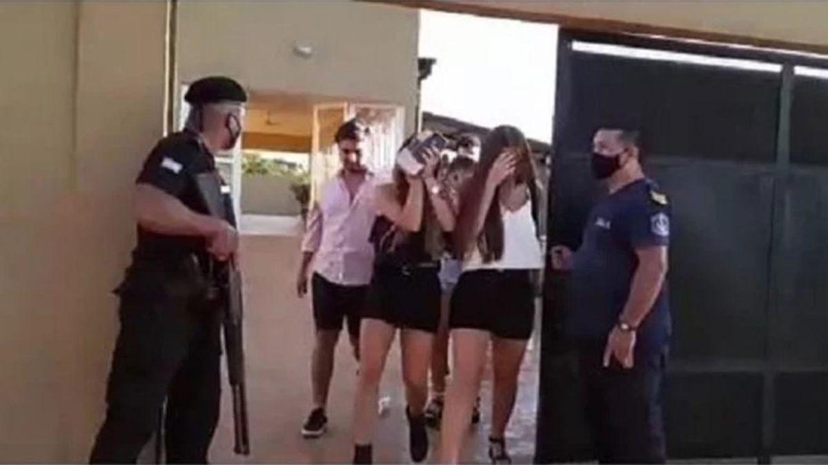La fiesta clandestina que fue desbaratada por la policía.