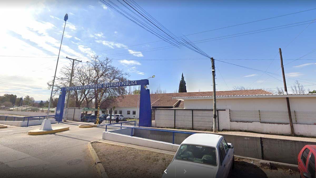 Sede principal del Instituto Universitario de Seguridad Pública.