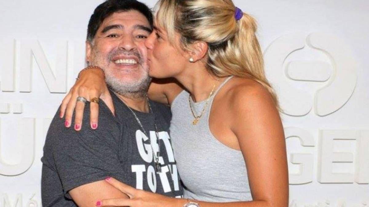 Diego Maradona y Rocío Oliva.