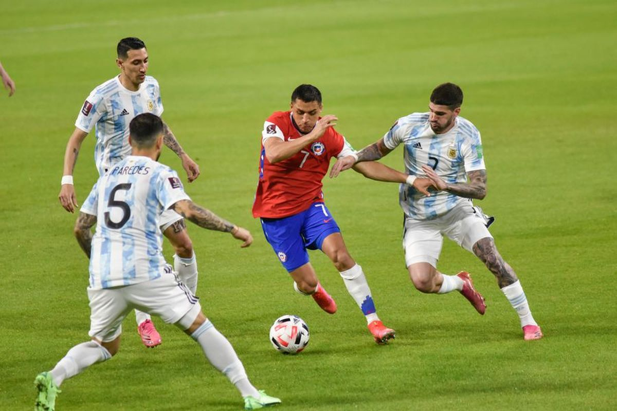 Alexis Sánchez enfrentó a Argentina por las Eliminatorias hace pocos días.